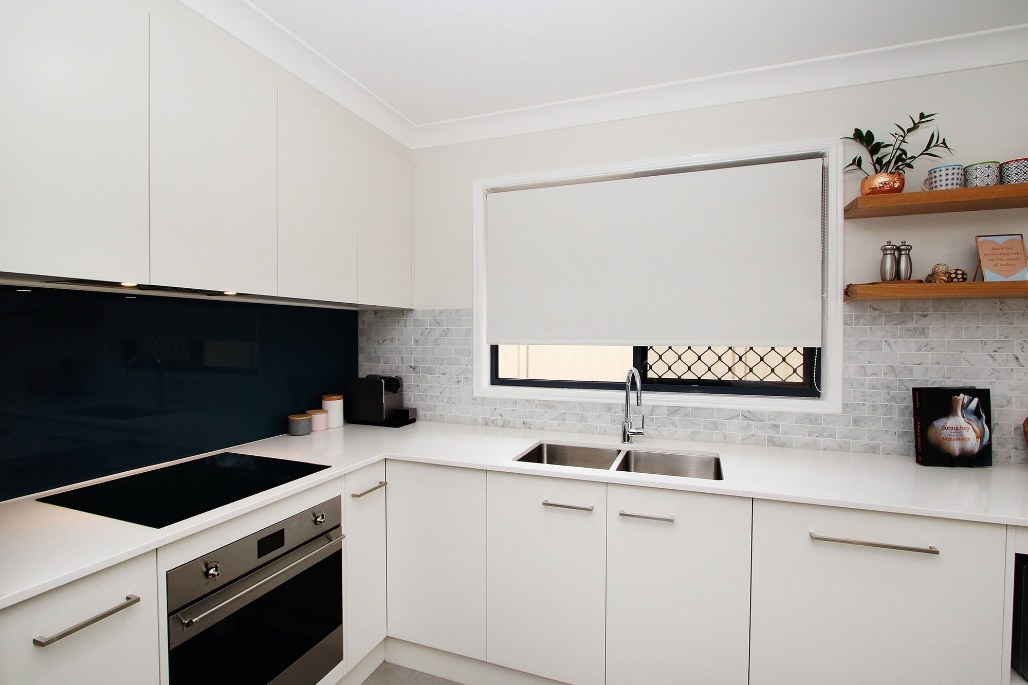 Modern_Style_Kitchen_Cabinets