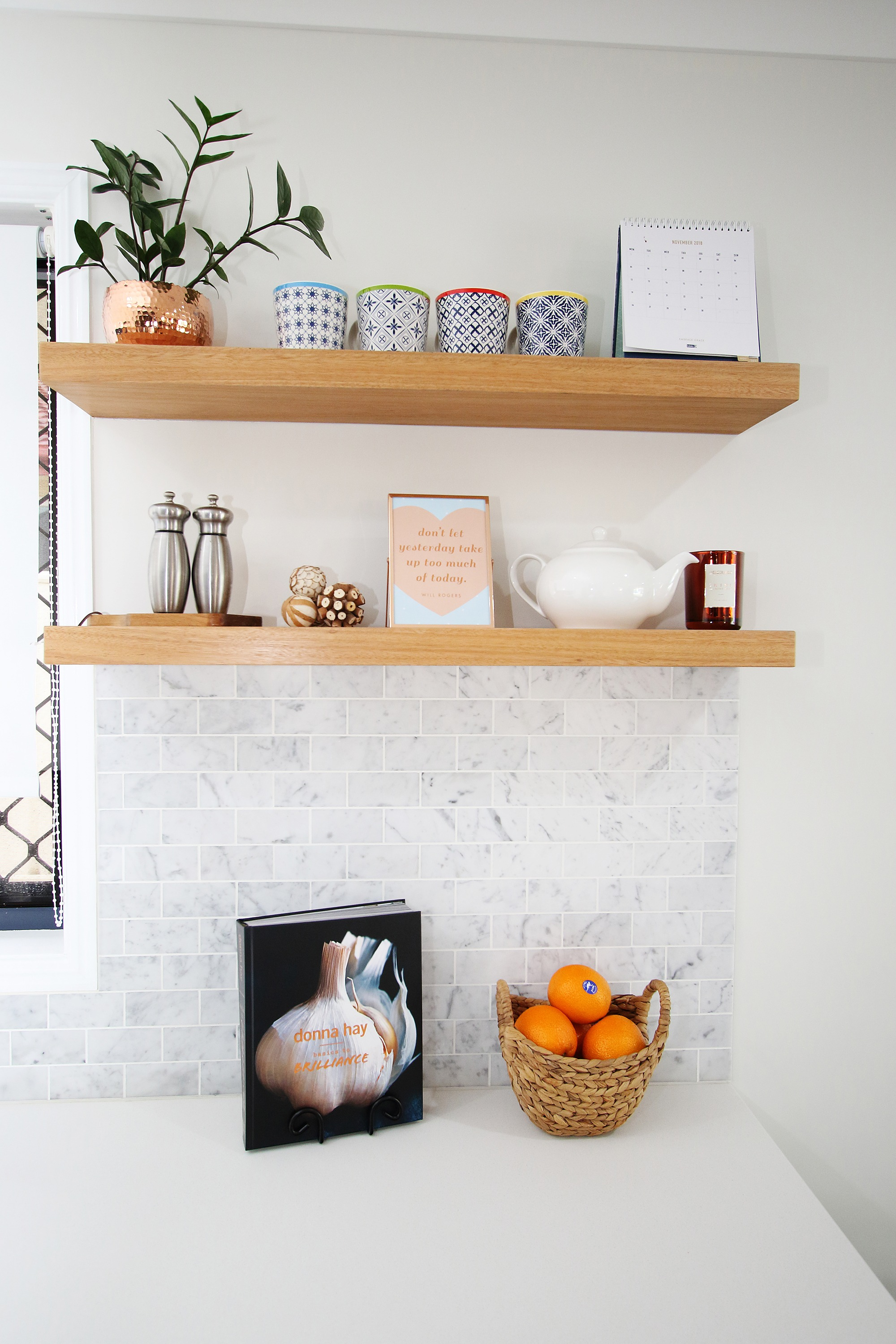 Decorative Shelves & Accessories