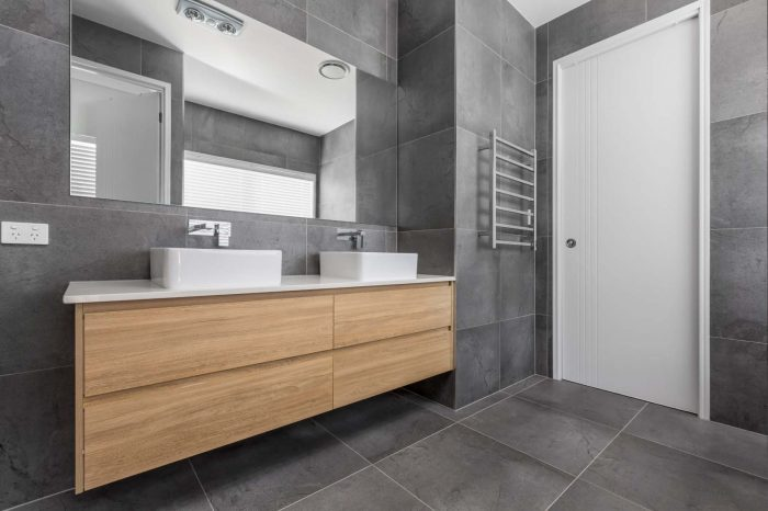 Modern_bathroom _interior