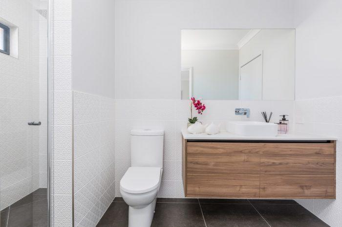 Custom_bathroom_cabinets_McColl_Cabinetmakers