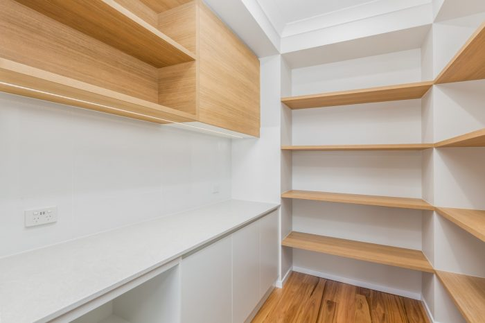 Wooden_cabinets_McColl_Cabinetmakers