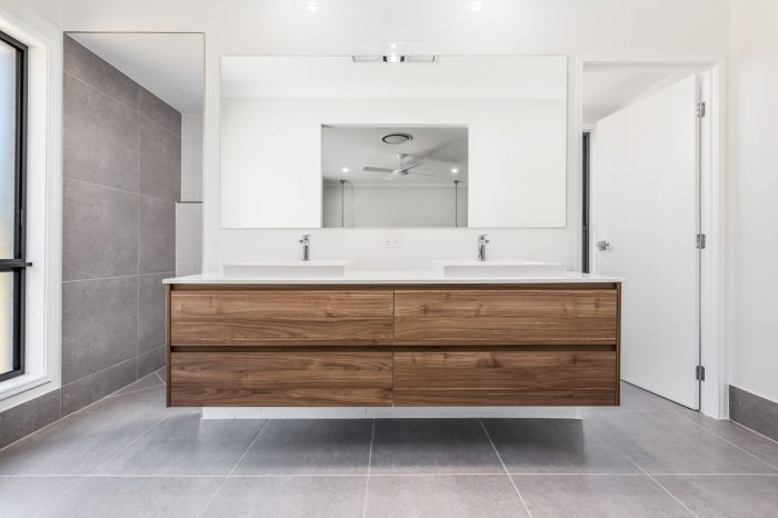 Bathroom_cabinetry_McColl_Cabinetmakers
