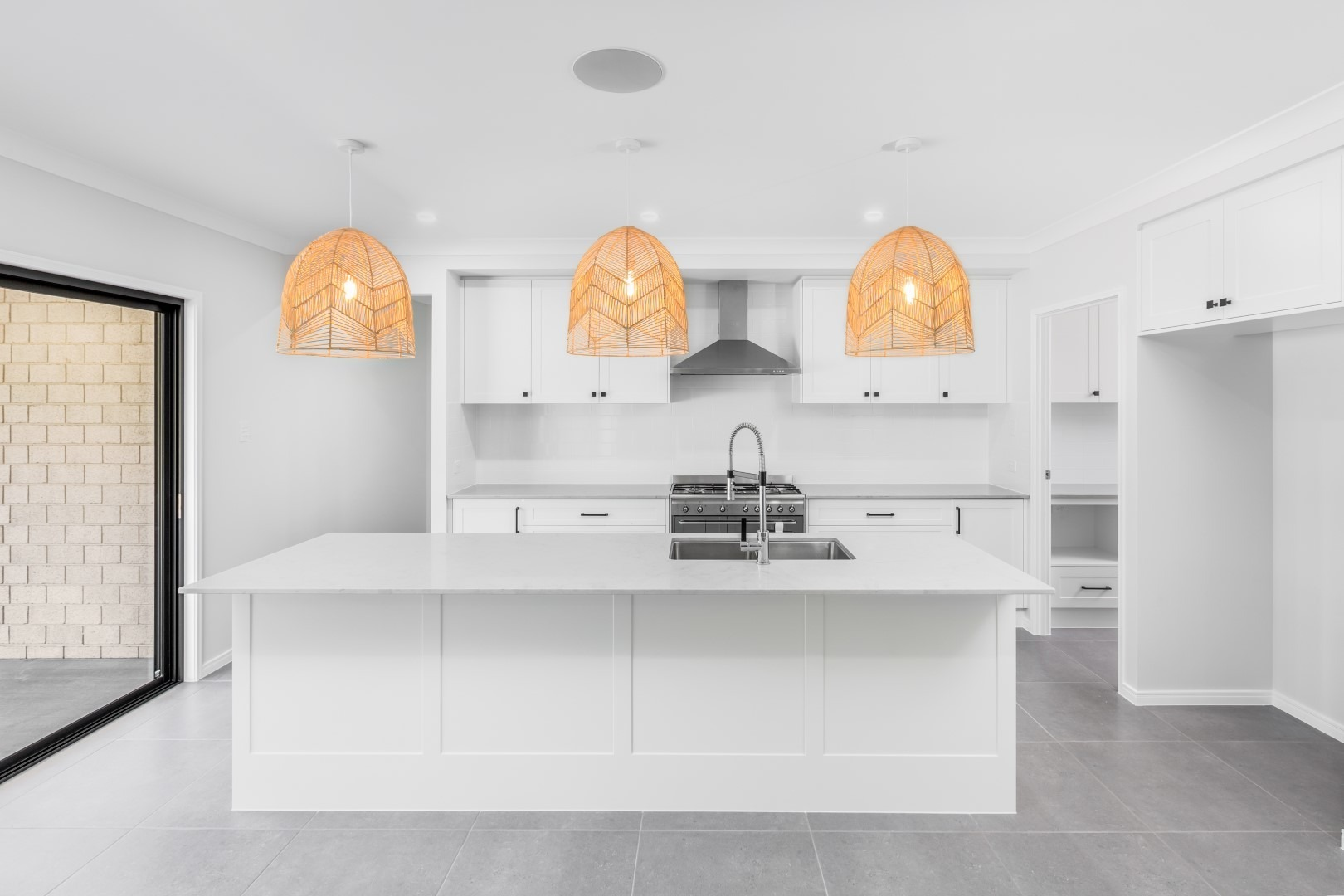 Incorporating a kitchen island